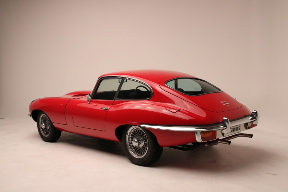 heart - 1970 Jaguar E Type - Cars that will break your heart