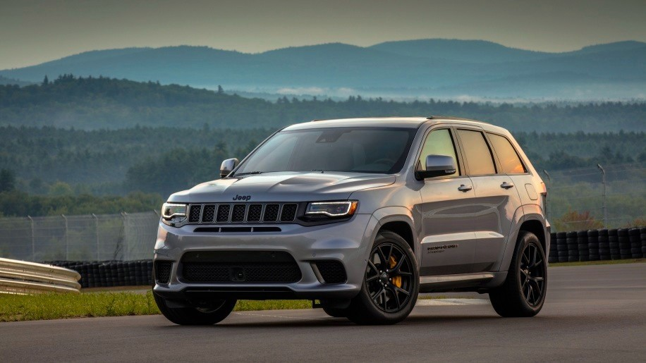 outrageous jeep quick as lambo - 2018 jeep grand cherokee trackhawk 19 2 - Outrageous Jeep quick as Lambo