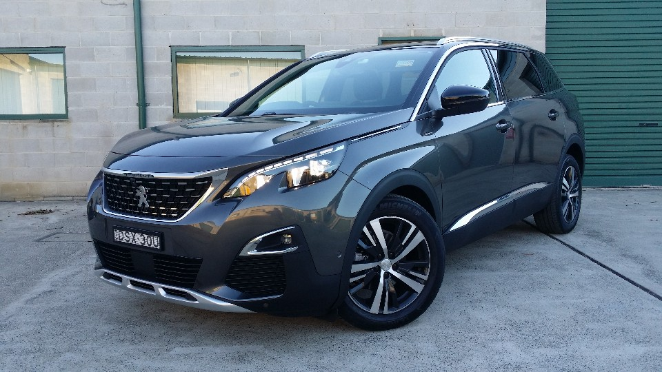 5008 reasons to buy a Peugeot