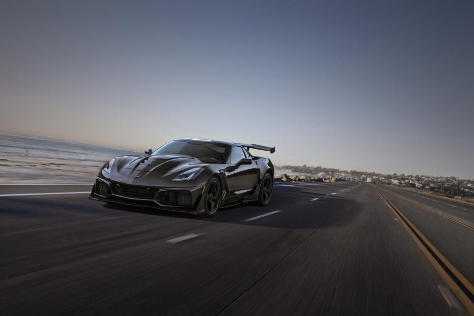 chevrolet drops the top on zr1 convertible - 2019 Chevrolet Corvette ZR1 011 - Chevrolet drops the top on ZR1 convertible