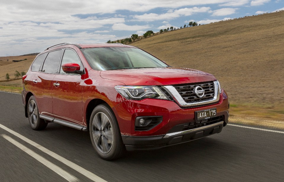 pathfinder - 2019 Nissan Pathfinder Ti 46 - Nissan Pathfinder: big n' comfy but likes a drink