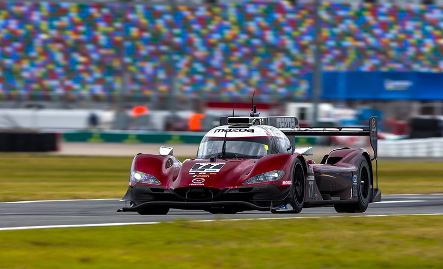 daytona - 77 Mazda RT24 P - Mazda sets Daytona lap record