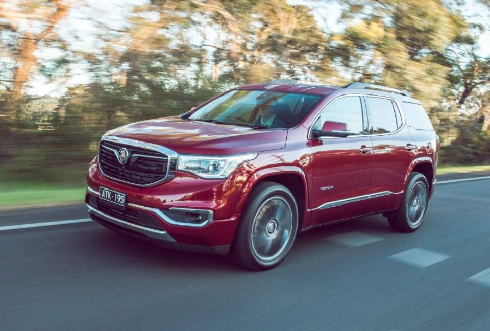 holden - Holden Acadia 1 - Holden Acadia: about as average as it gets