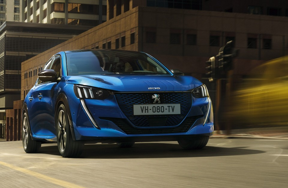electric - peugeot 208 - Electric version for new Peugeot 208 hatch