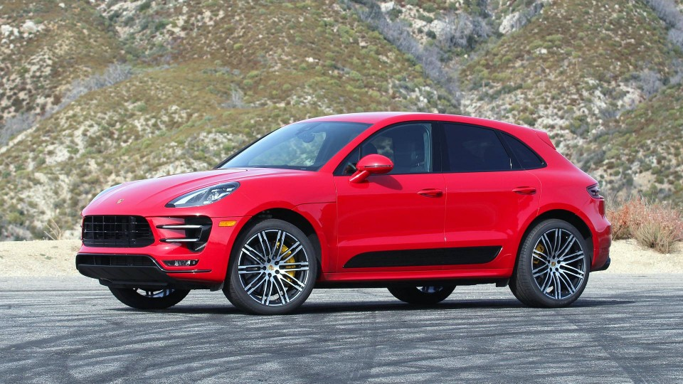 porsche - porsche macan  - Porsche takes the 'electric' lead