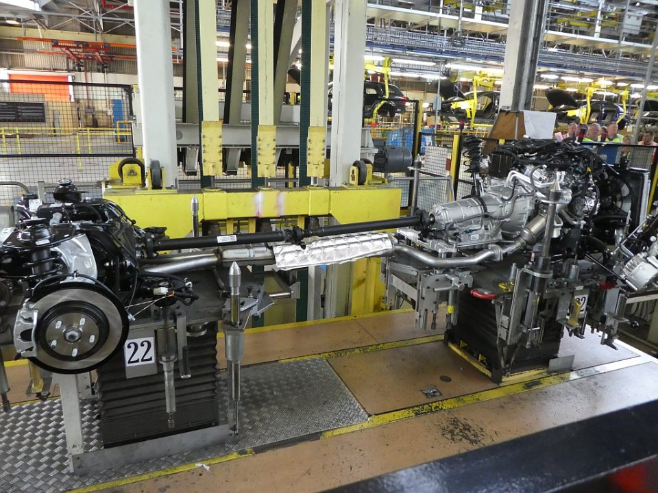 supension and drivetrain meet - Taking the last Holden factory tour