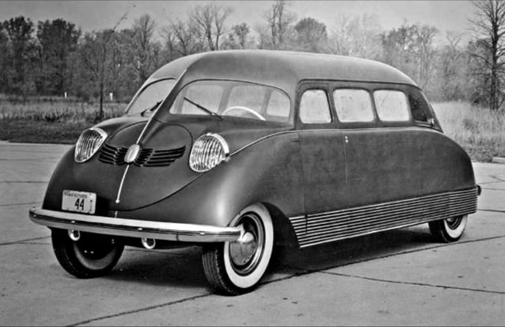 1936 Stout Scarab 08 - Scarab born 15 years before VeeDub's bus