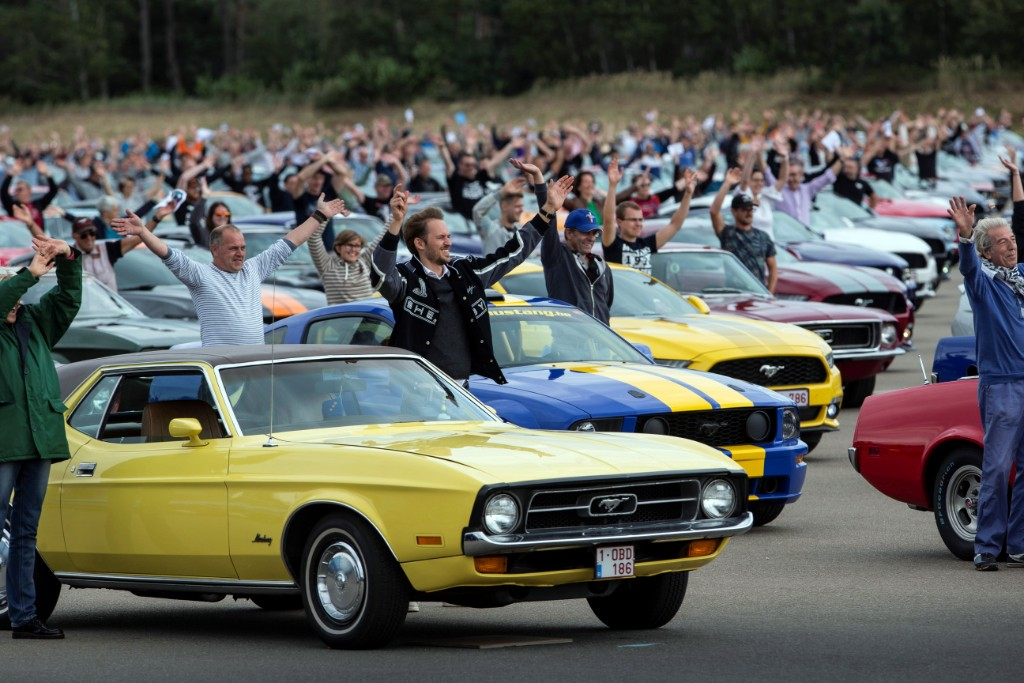 mustang - mustang world record - Monster Mustang muster smashes record