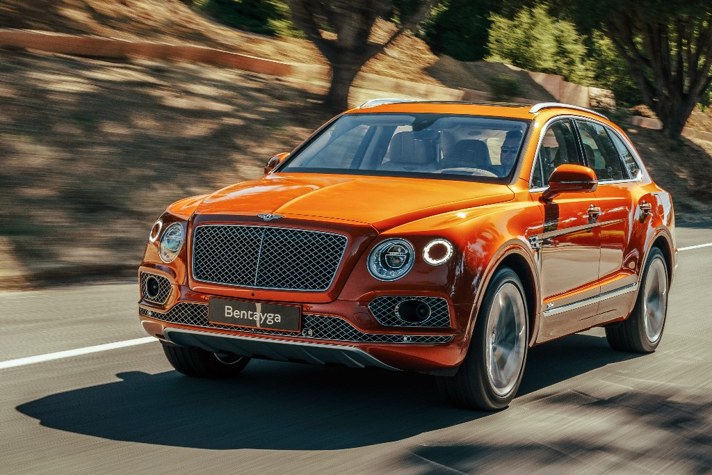 Bentley Bentayga Hybrid 01