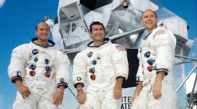 Apollo 12: Lightning does strike twice