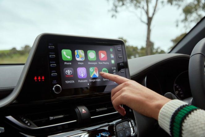 android - toyota apple carplay android auto 02 663x442 - She'll be Apples (and Android), says Toyota