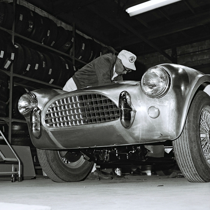Building the first Shelby Cobra 03