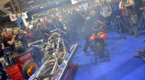 Sheene machine wows the crowd