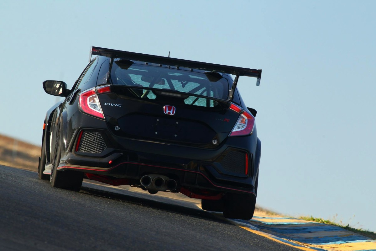 Licence to thrill -- race ready Type R