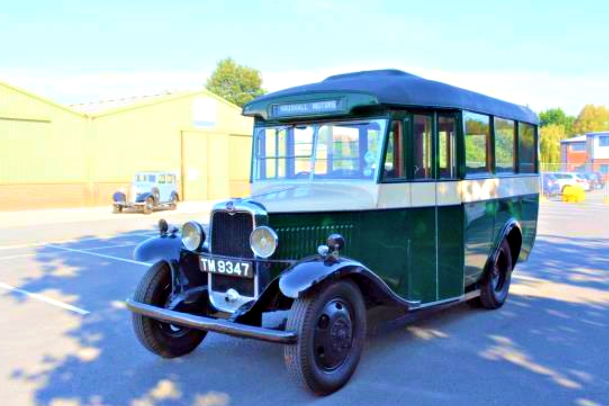 1931 Bedford WHB 14 Seater Bus