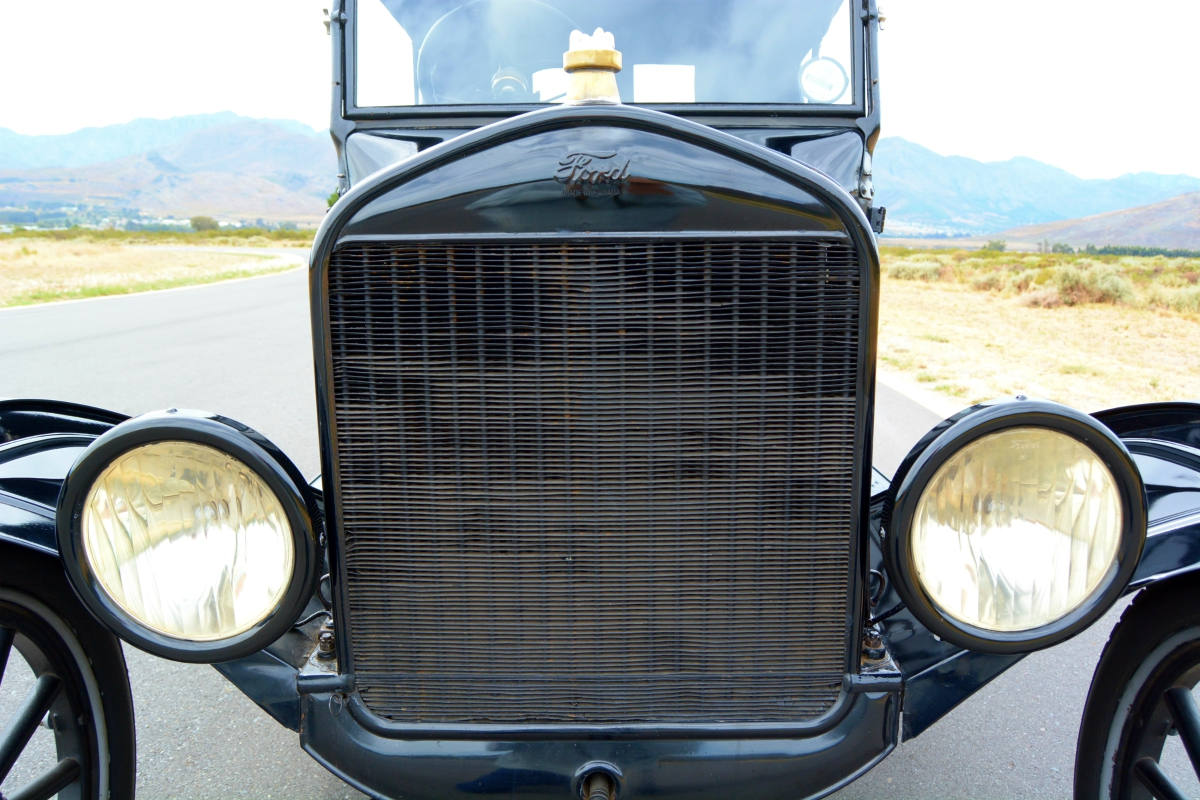 1923 Ford Model T 14 - Ford's Model T -- Mr Monk drives the car that started it all