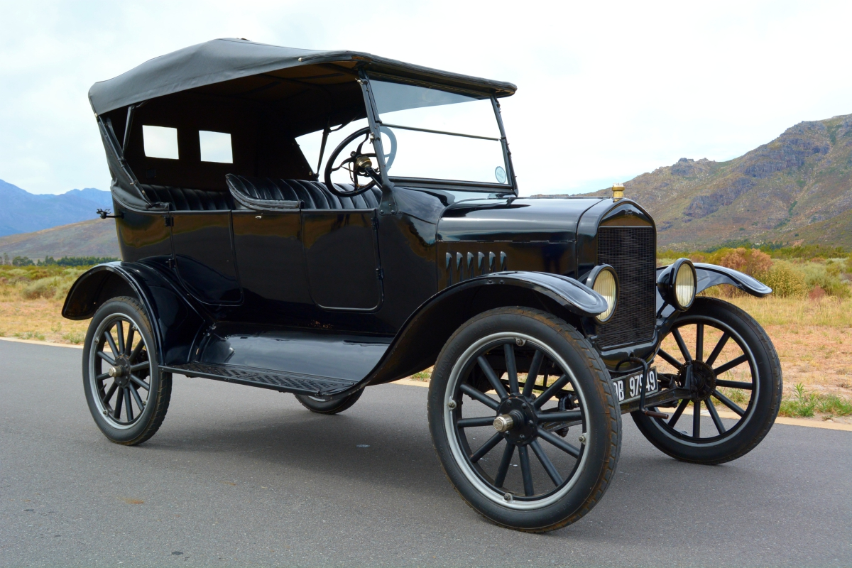 1923 Ford Model T 3 - Ford's Model T -- Mr Monk drives the car that started it all