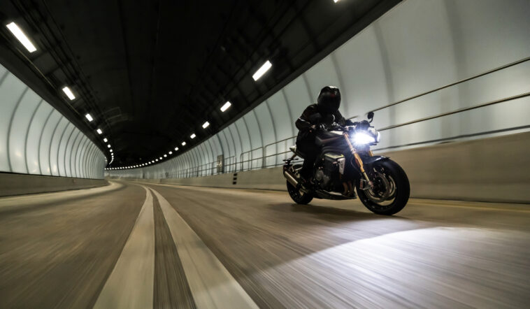2021 Triumph Speed Triple 1200 RS 2 758x442 - Speed Triple 1200 RS ups the ante