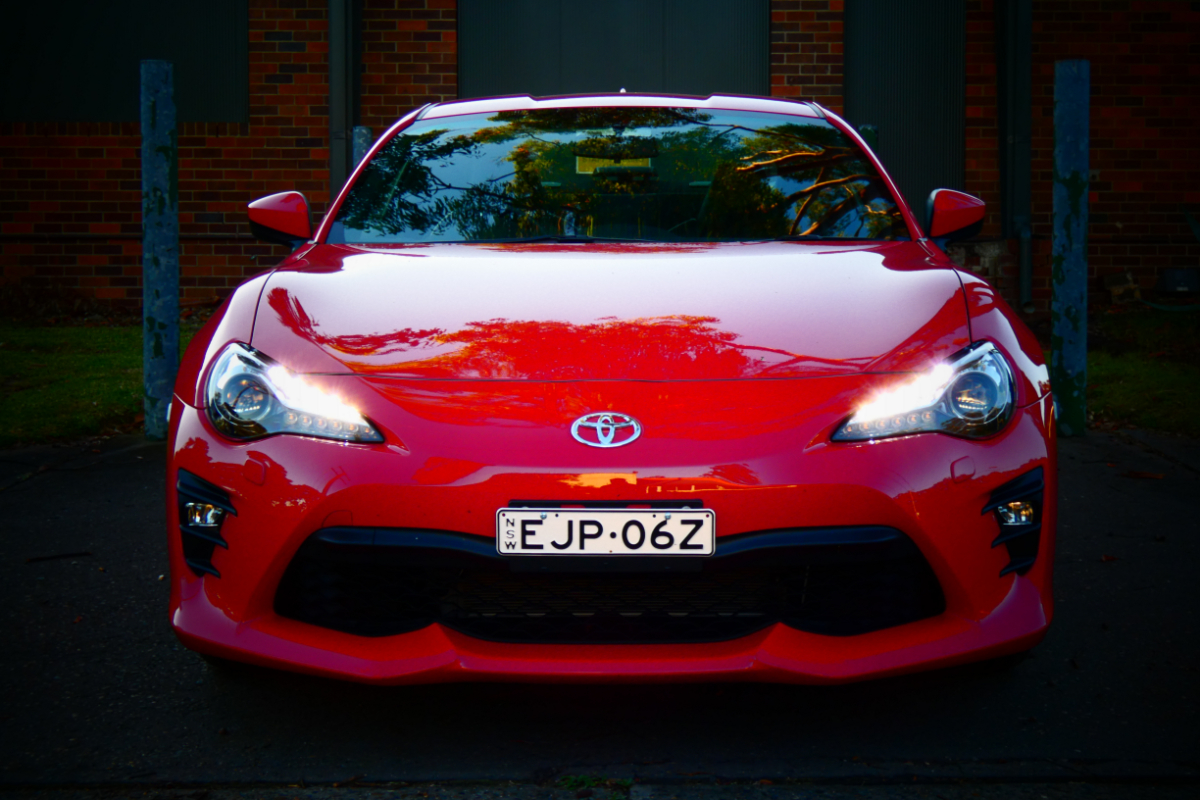 Toyota 86 GTS Manual 3 - Last Commodore up for grabs