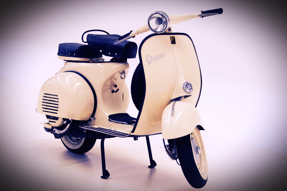 1961 Vespa Piaggio 150 Scooter 9 - Mrs Ford drove EV (but it wasn't his)