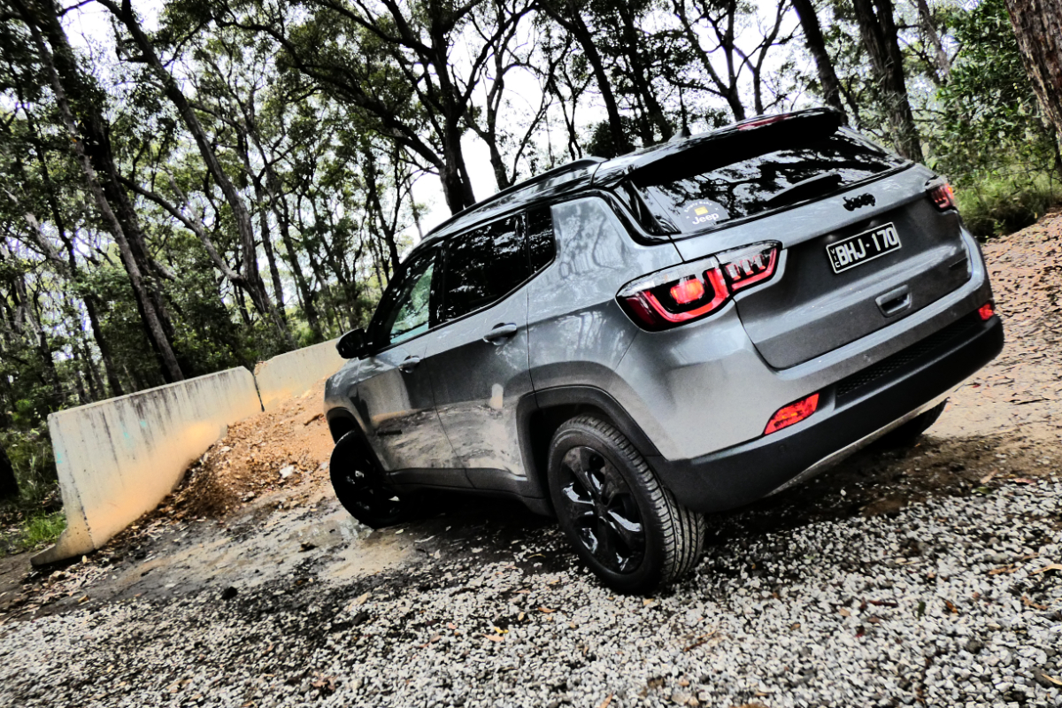 2021 Jeep Compass Night Eagle 2 - Luce in the sky with diamonds