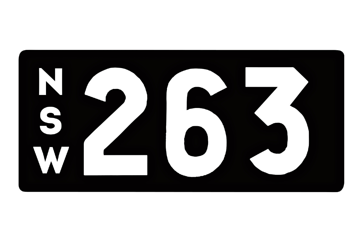 Heritage numerical number plate