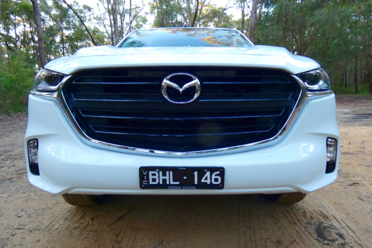 2021 Mazda BT 50 XT cab chassis 9
