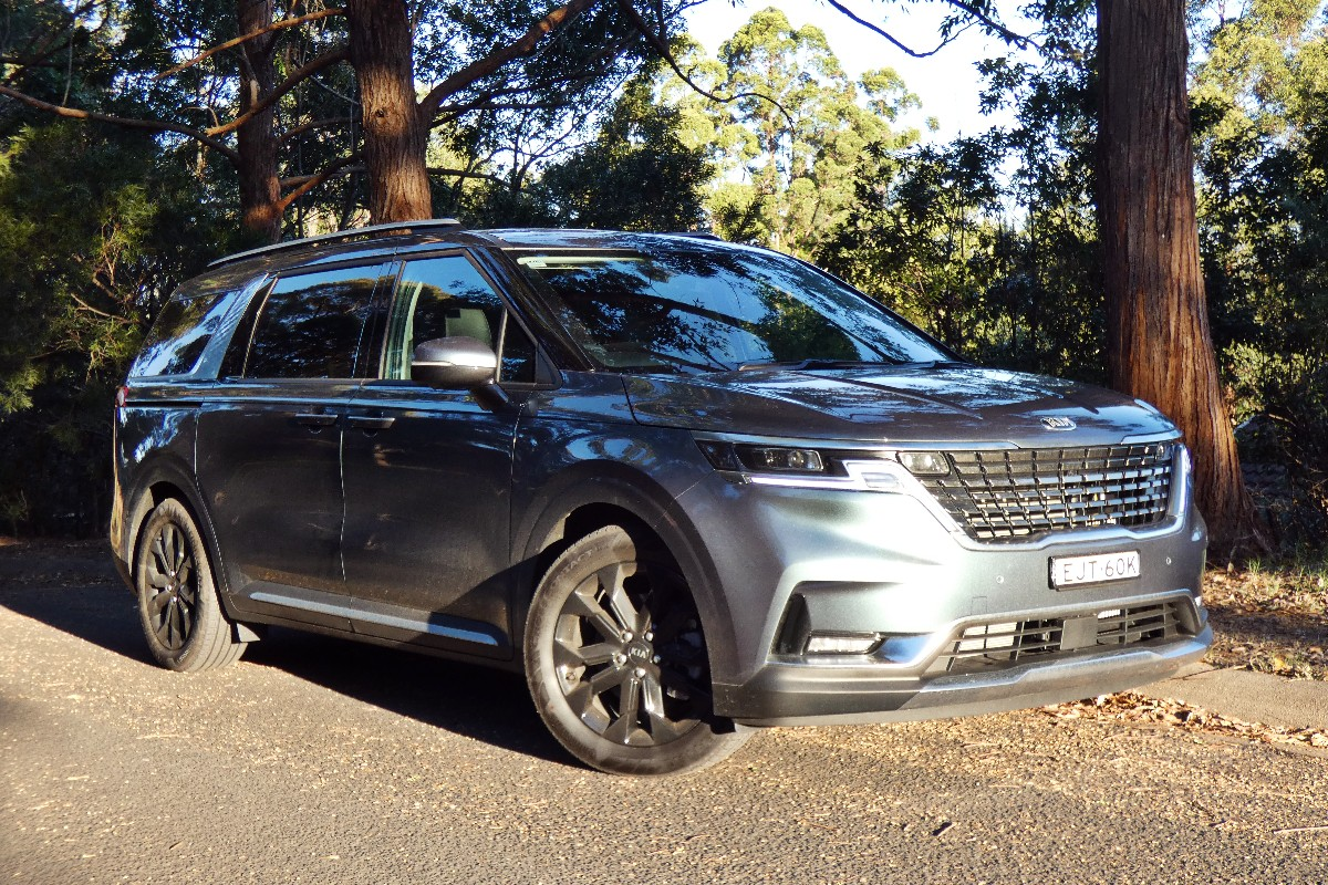 Kia Carnival: The long and the short of it
