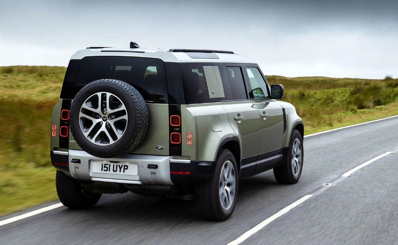 Land Drover Defender fuel cell electric vehicle FCEV 3