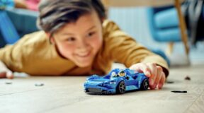Stretch your legs in the Lego Elva
