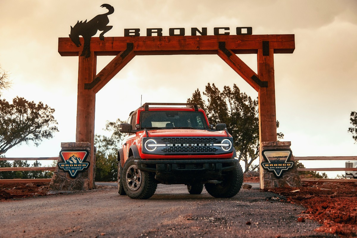 2021 Ford Bronco 2