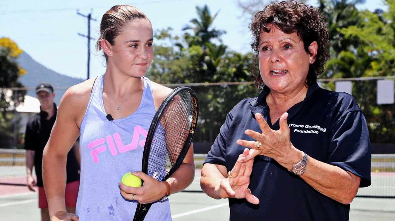 Ash Barty and Evonne Cawley