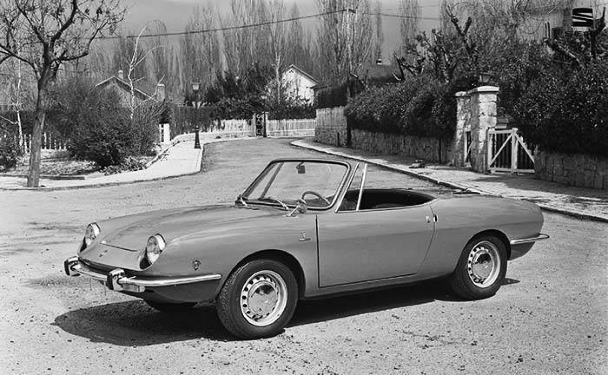 1969 SEAT 850 coupe and spider 4
